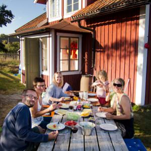 melker_dahlstrand-outdoor_meal-1687