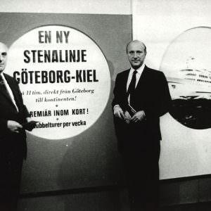 1964-1967_StenA-Olsson_Rolf-Renger_announcing-line-KI-GB-900×574